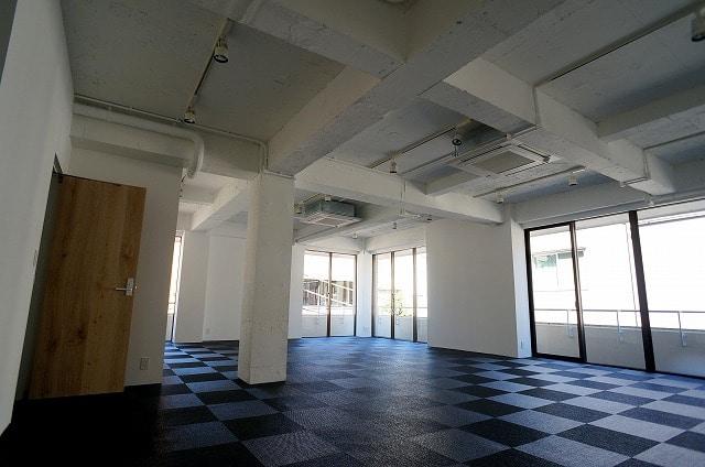 【デザイナーズ】<br>★天井高3m以上リノベーションオフィス★_03