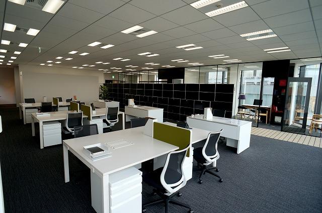 【セットアップオフィス】<br>上品な内装・家具付!即日稼働可能★_03