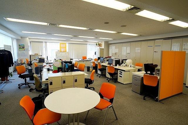 【居抜き】<br>築地エリア!きれいな会議室付きオフィス★_01