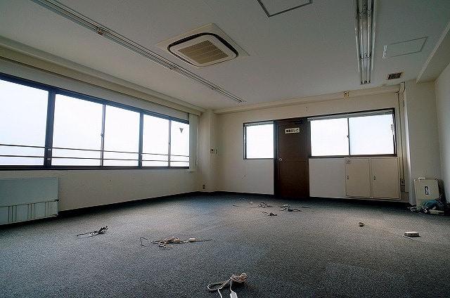 【居抜き】<br>パーテンション有り!造作付きオフィス★_04
