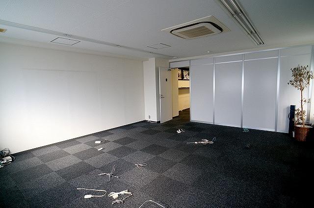 【居抜き】<br>パーテンション有り!造作付きオフィス★_05