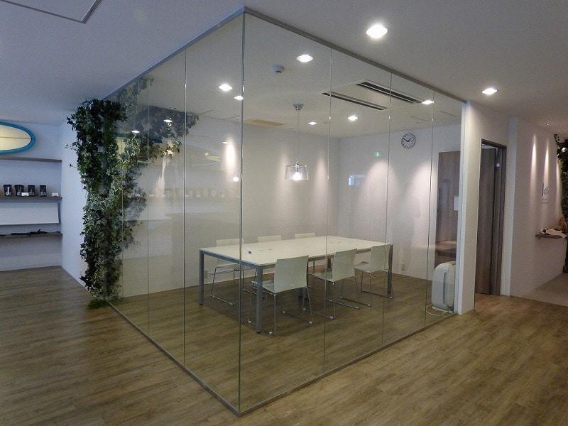 【居抜き】大阪市中央区<br>おしゃれなワンフロア居抜きオフィス♪