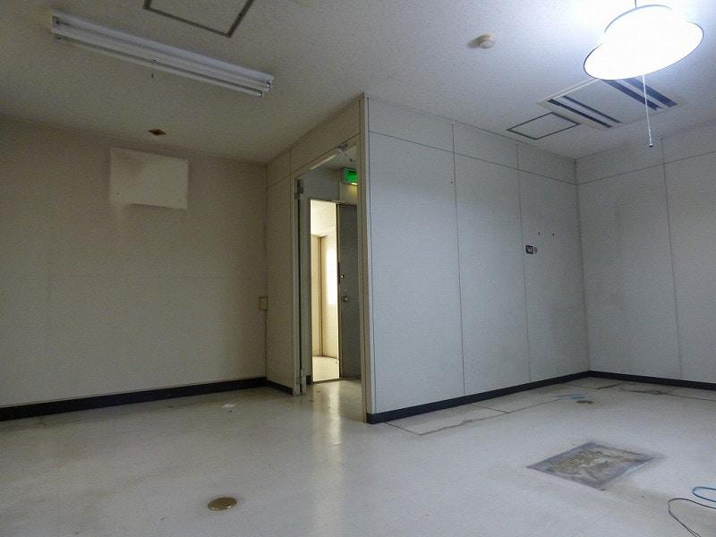 【居抜き】大阪市西区エリア<br>5階建角地一棟貸し居抜きオフィスビル_04
