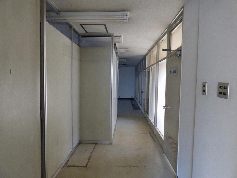 【居抜き】大阪市西区エリア<br>5階建角地一棟貸し居抜きオフィスビル_03