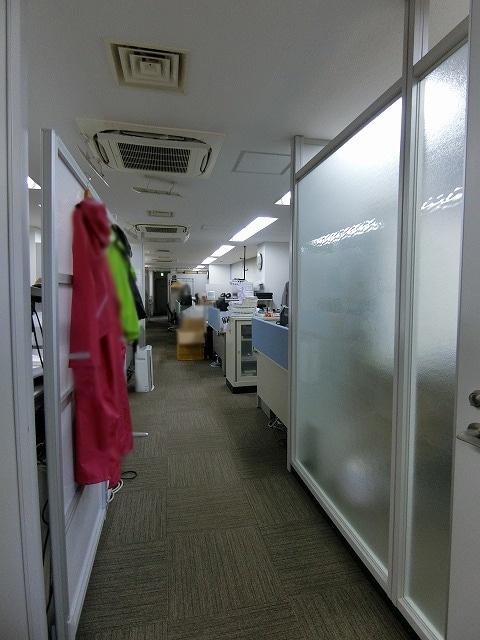 【居抜きオフィス】神田エリア!営業に便利!<br>複数路線にすぐにアクセスできる物件