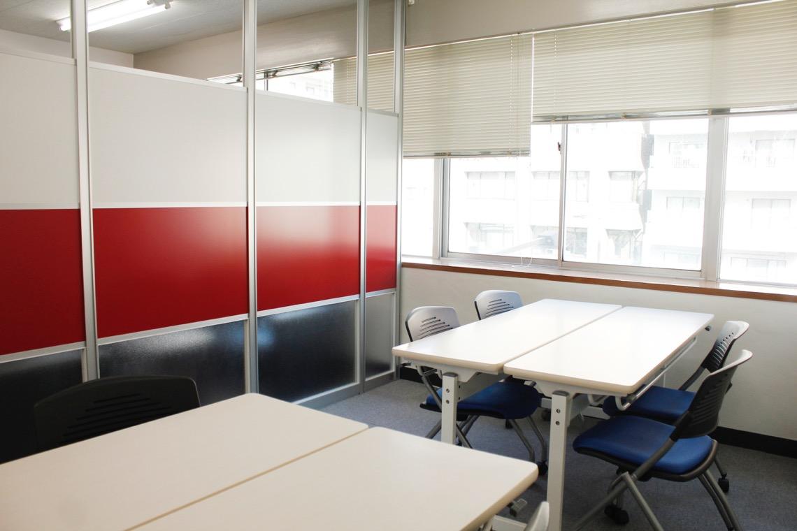 【居抜きオフィス】これぞ居抜き!<br>デザイン性の高い空間をそのままに