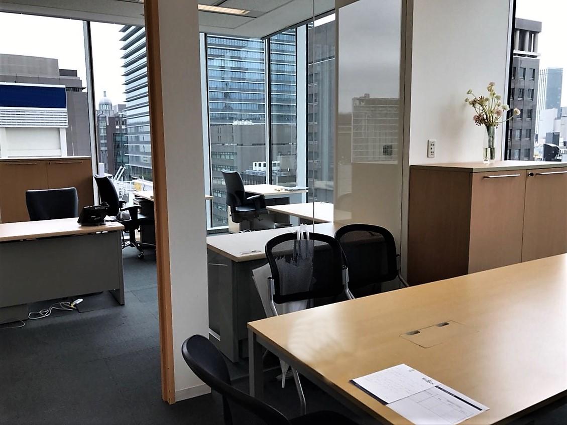 【家具付】短期でハイグレードオフィスへ 東京駅直結ビルからの眺め