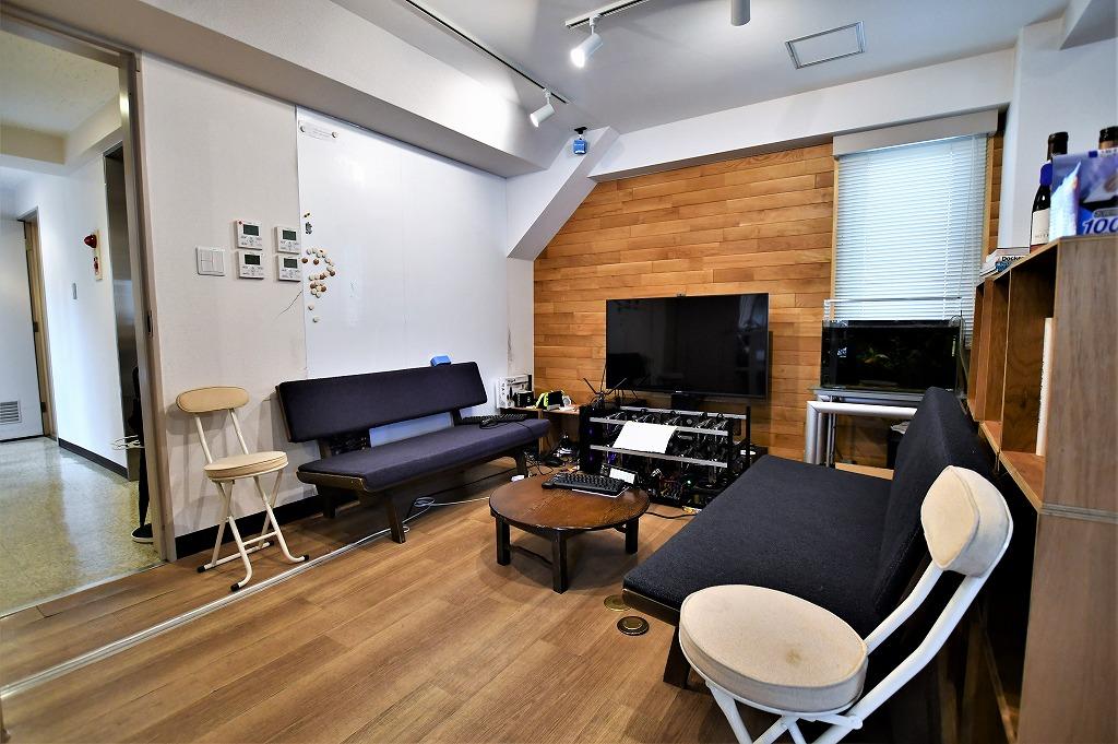 【居抜き】東麻布3丁目<br>10名規模にぴったり木貼のおしゃれな室内