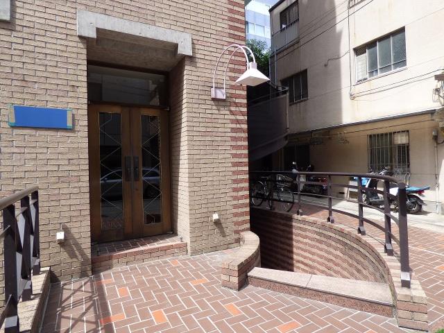 【居抜き】レトロブリックウォールと<br>格式高いオフィスがお迎えします_06
