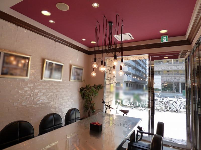 【居抜きオフィス】大阪市北区1階路面!<br>お洒落な内装と家具付きの居抜きオフィス♪