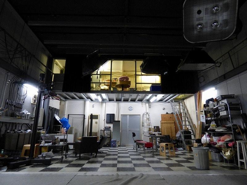 【居抜きオフィス】大阪市南森町エリア<br>天井高4.7mのフォトスタジオ居抜き物件
