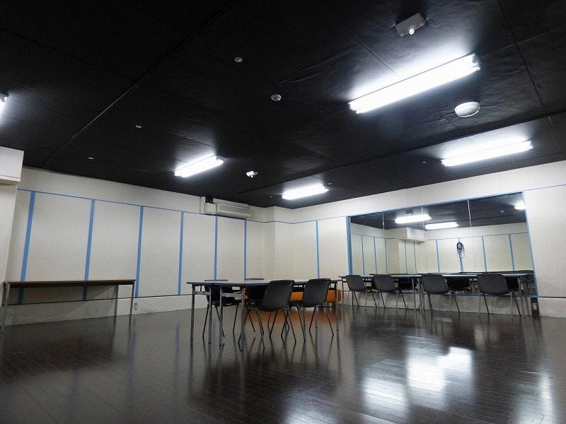 【居抜きオフィス】外はオーシャンビュー♪<br>大阪市南港の防音室付き377坪の広々空間