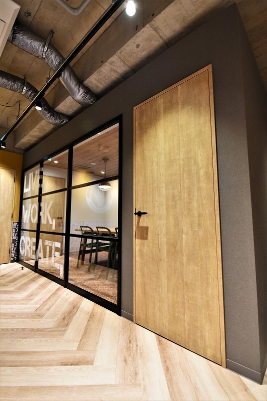 西日暮里駅近 【居抜きオフィス】<br>デザイナーズ・内装全リニューアル物件