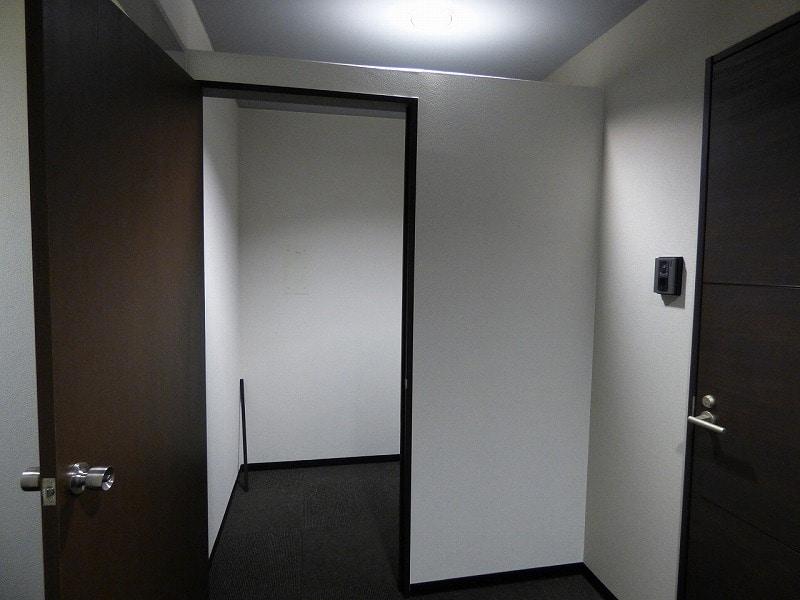 【居抜きオフィス】中央区谷町エリア♪<br>造作付きのデザインオフィス!!