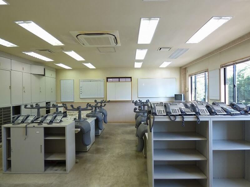 【居抜きオフィス】大阪市鶴見区♪<br>元不動産事務所の一棟貸し物件!