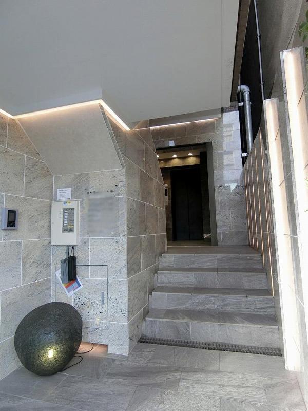 【リノベオフィス】中央区エリア<br>採光が多く確保出来る1階の明るいオフィス