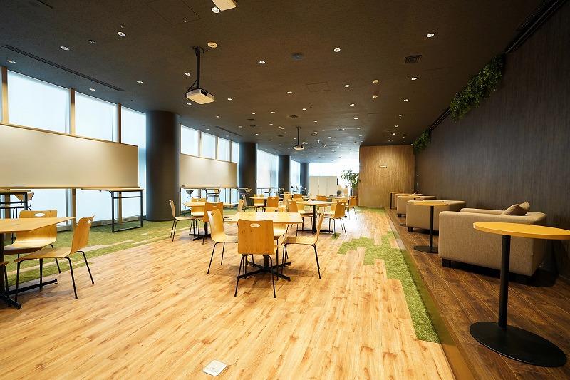 【居抜き】渋谷、大規模 第4弾。180坪。 3mの天井高とナチュラルな内装が魅力!