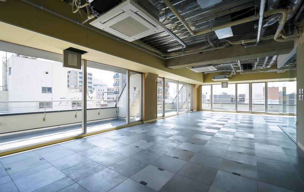 【一棟貸】蔵前、内装自由な半スケルトン。<br>今ならまるまる約450坪で検討も可能!