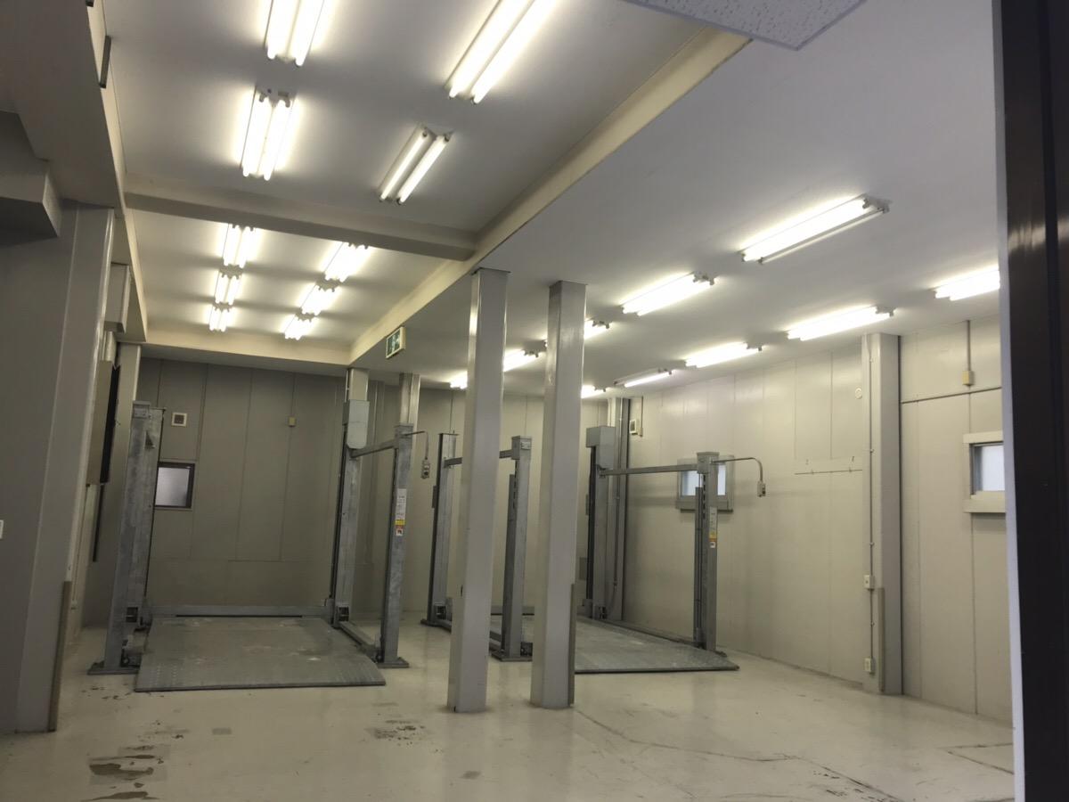 【居抜き】西区の貴重な一棟貸物件!<br>3階は間仕切り付で1階には駐車スペース有