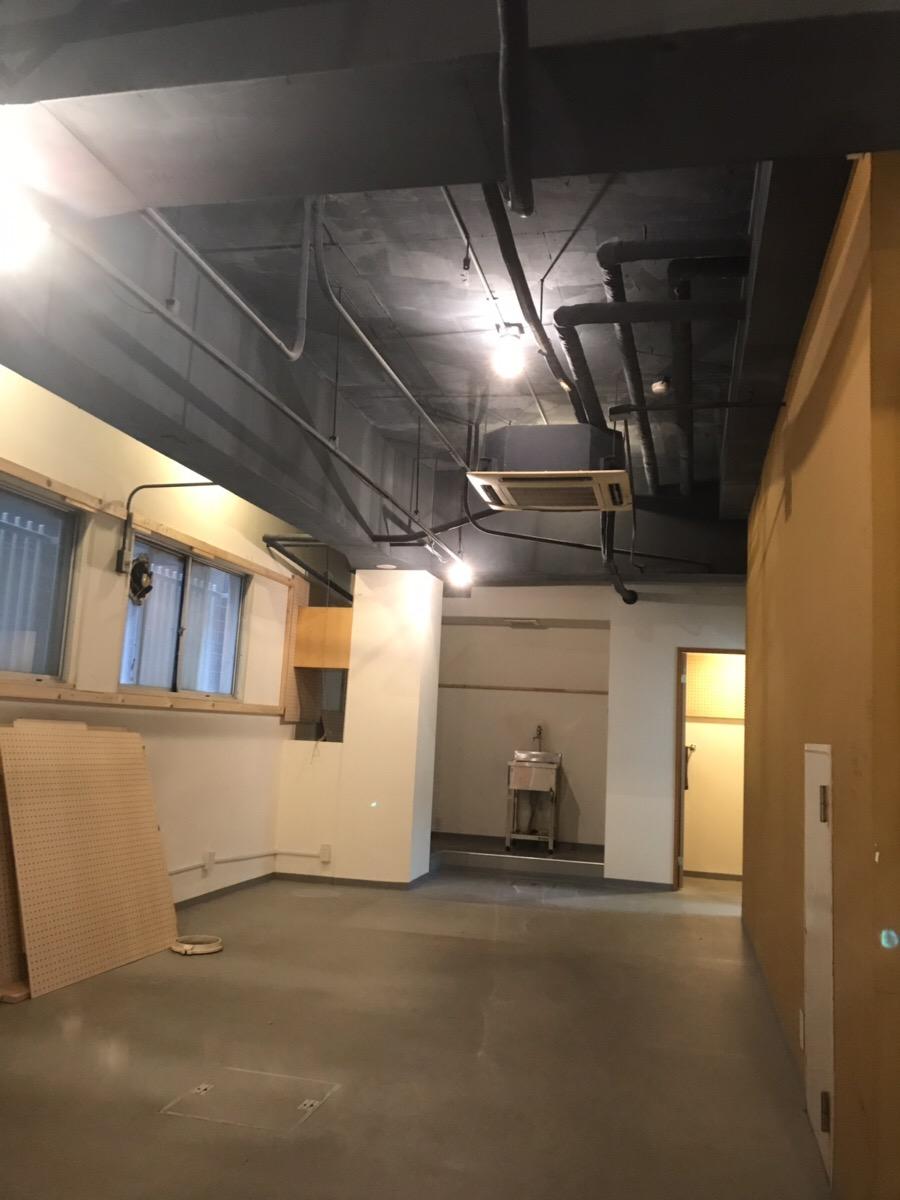 【居抜き】大阪市浪速区!倉庫付き<br>お手洗いスペース付きのコンパクトオフィス