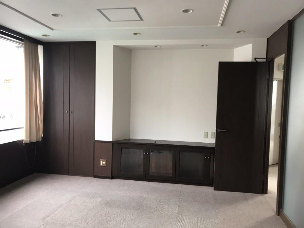 大阪市北区の1棟貸かつ居抜きの物件!<br>エレベータ―付、150坪、5フロア!!