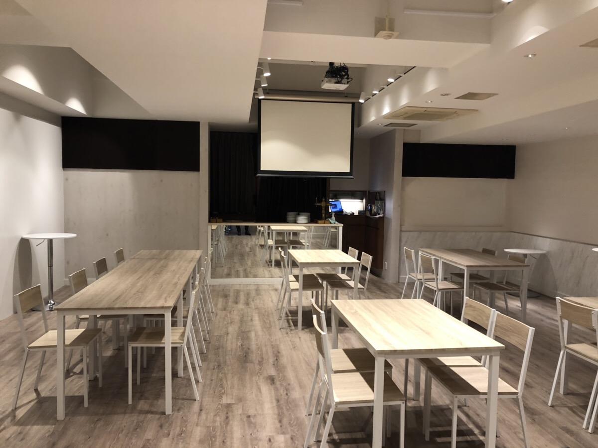 【居抜き】心斎橋、約70坪。厨房あり。<br>バーカウンター付きのeスポーツ店舗