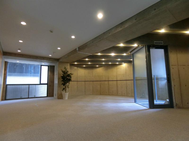 【デザイナーズ】赤坂・乃木坂、約25坪。 採光・通風良好、設備充実のオフィス