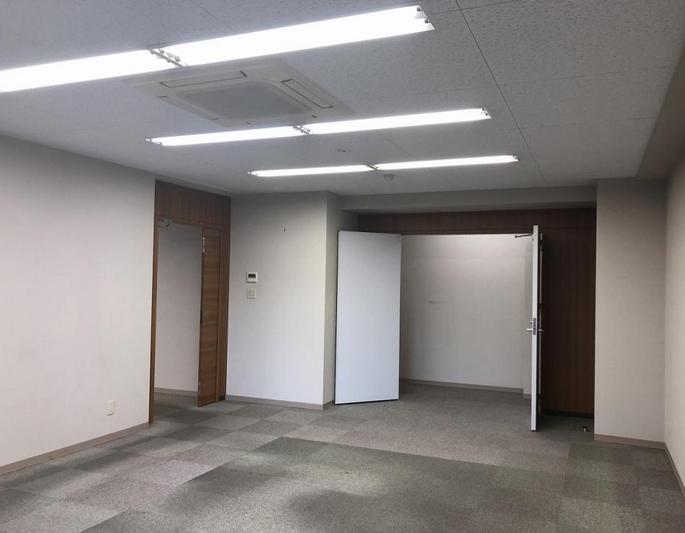 【居抜き】新栄エリア、約70坪。坪庭付き!<br>木のぬくもり溢れる癒し系オフィス!