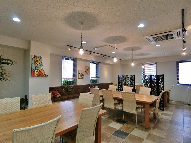 【居抜き】品川、約100坪。超貴重! 応接・会議室がある駅チカのオフィス