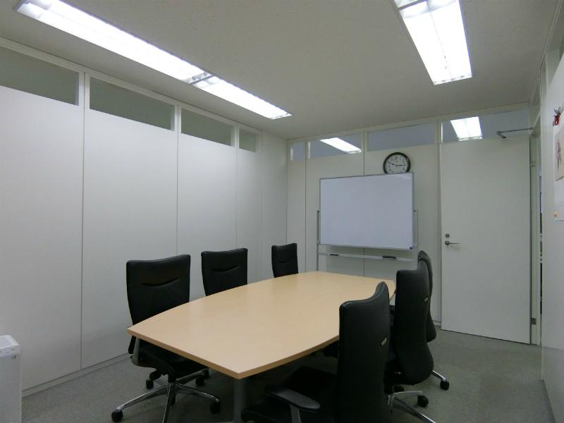 【居抜き】田町、約60坪。港区アドレス<br>執務室・会議室×2・フリースペースあり