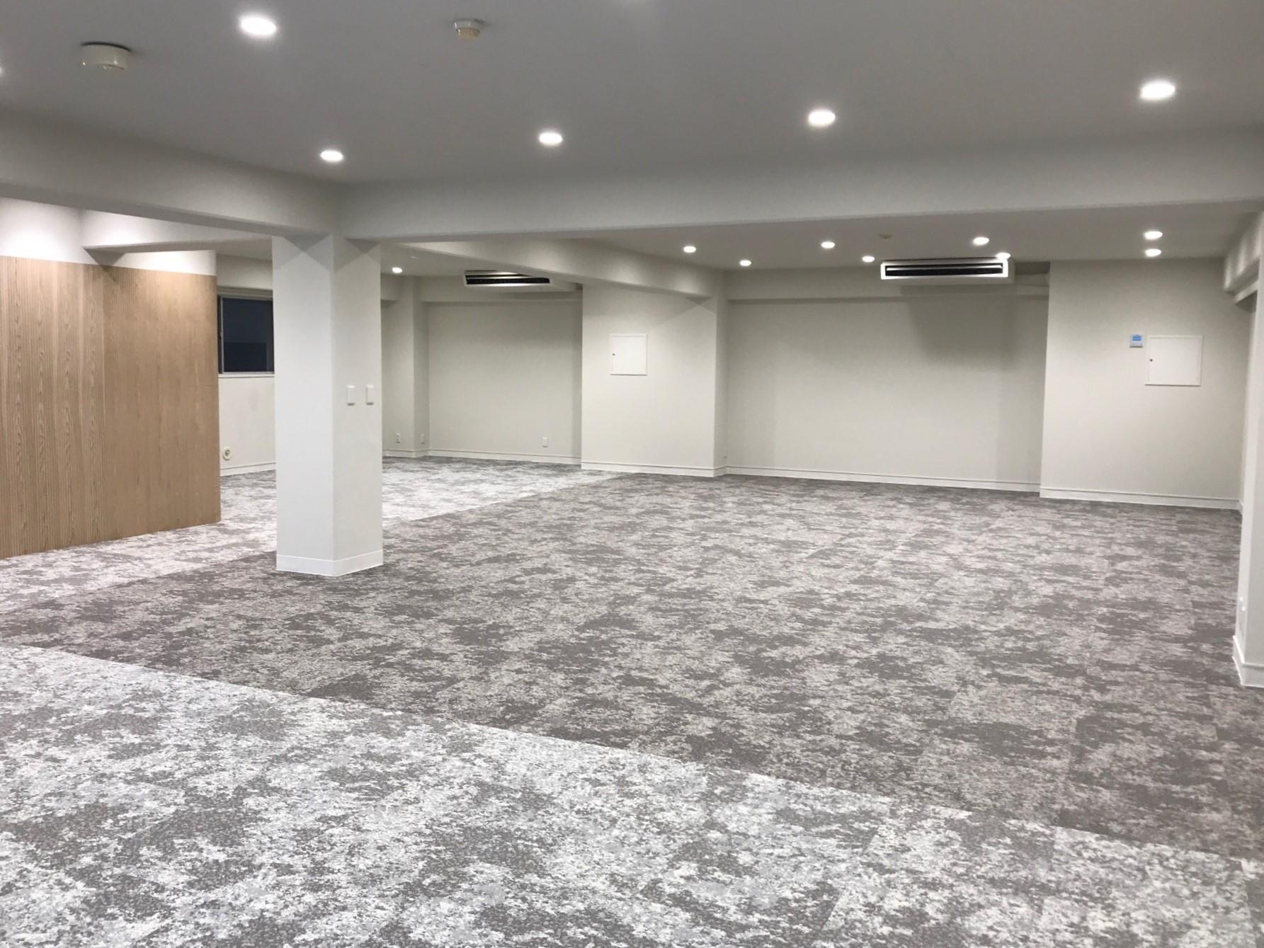 【デザイナーズ】京橋・有楽町、約50坪。<br>敷礼ゼロ!モダンに変身したリノベオフィス
