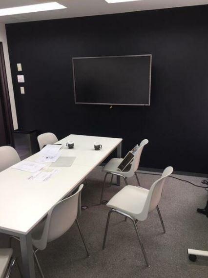 【居抜き】渋谷、約50坪。◎敷礼ゼロ◎<br>来客多い企業向き。会議室×2・役員室あり。