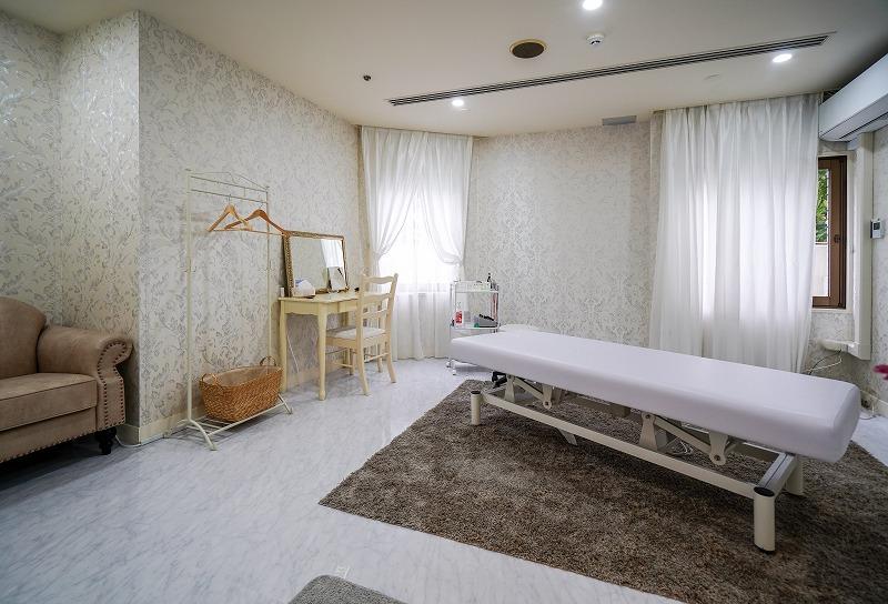 【居抜き】目黒、約30坪。ホテル内。<br>美容系サロン等に最適な特殊物件