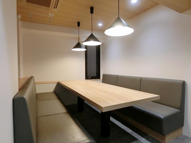 【内装付き】小伝馬町・人形町、約40坪。<br>会議室×2、清潔感と明るさがポイント