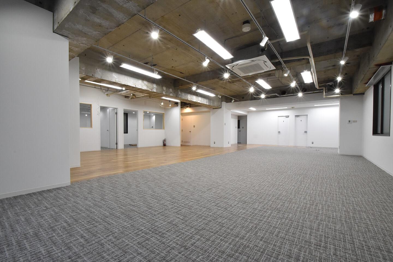 【内装付き】岩本町、約40坪。<br>会議室×2のグッドデザインオフィス