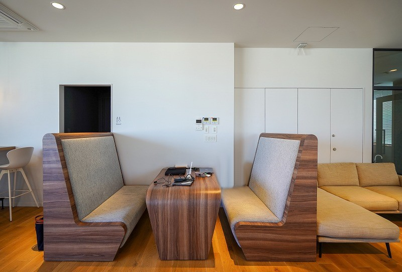 【居抜き】北参道、約50坪。今月限定。<br>会議室×2・フリースペース・休憩室
