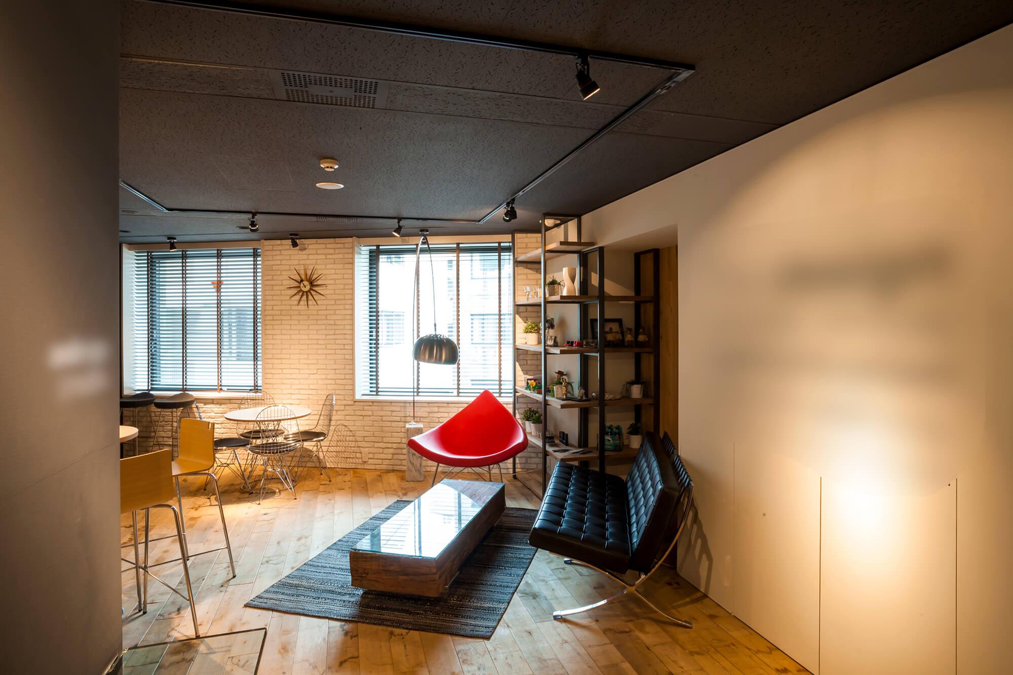 【居抜き】恵比寿、約70坪。好立地。<br>多数の個室と10名用の会議室あり