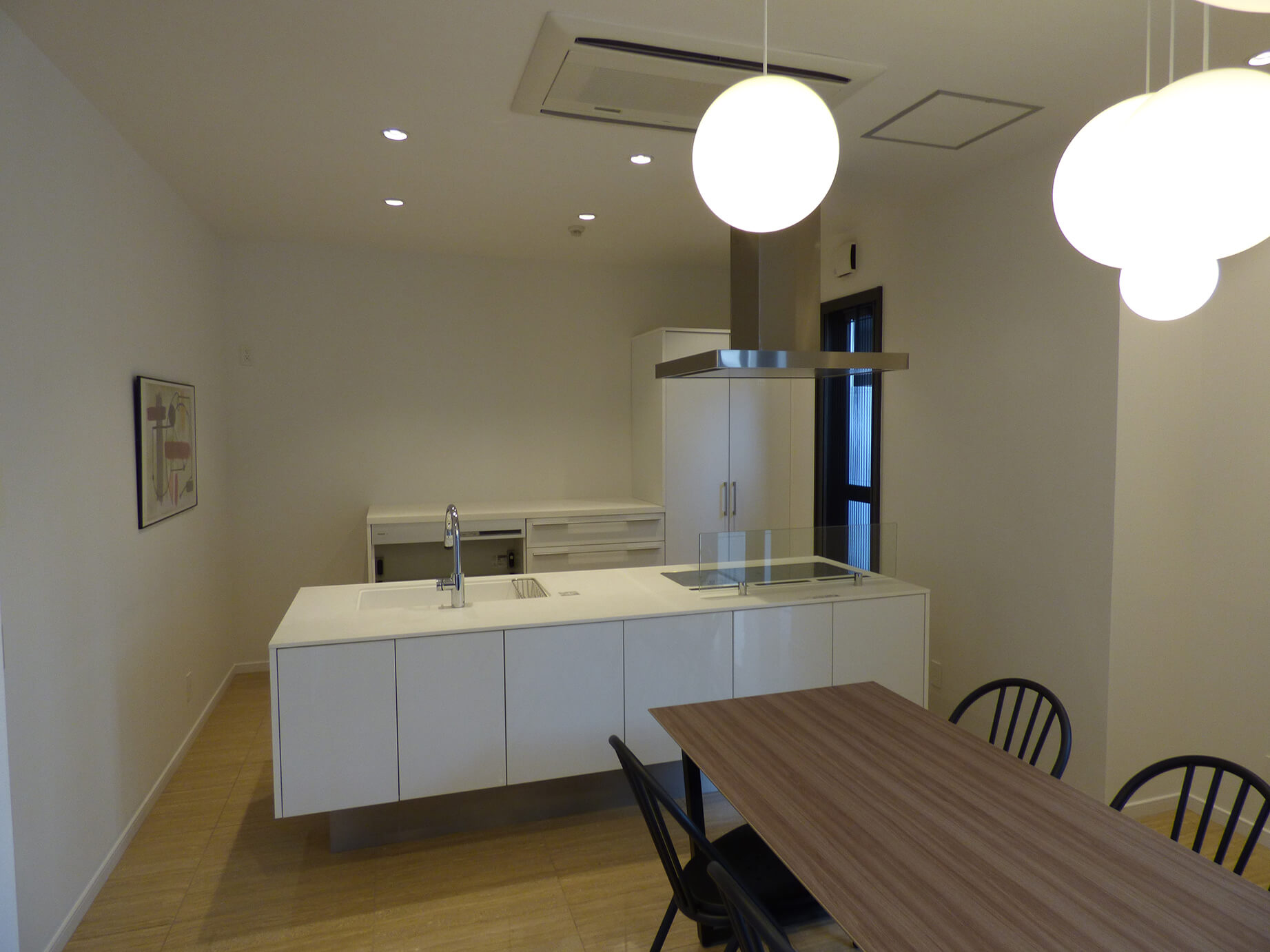 【内装付き/一棟貸】堺筋本町、約120坪。<br>キッチン・会議スペース・ビル命名権付き。