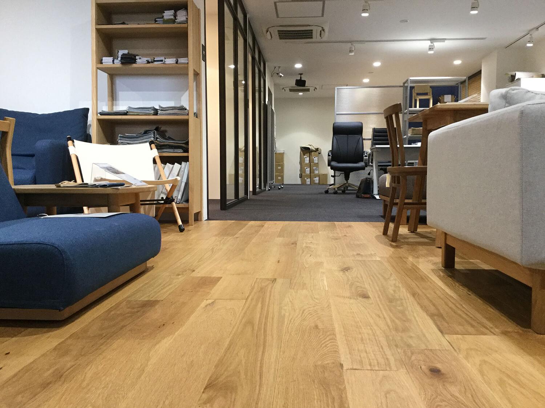 【居抜き】浜松町、30~40坪。<br>4名用会議室×2付きで家具譲渡も相談OK