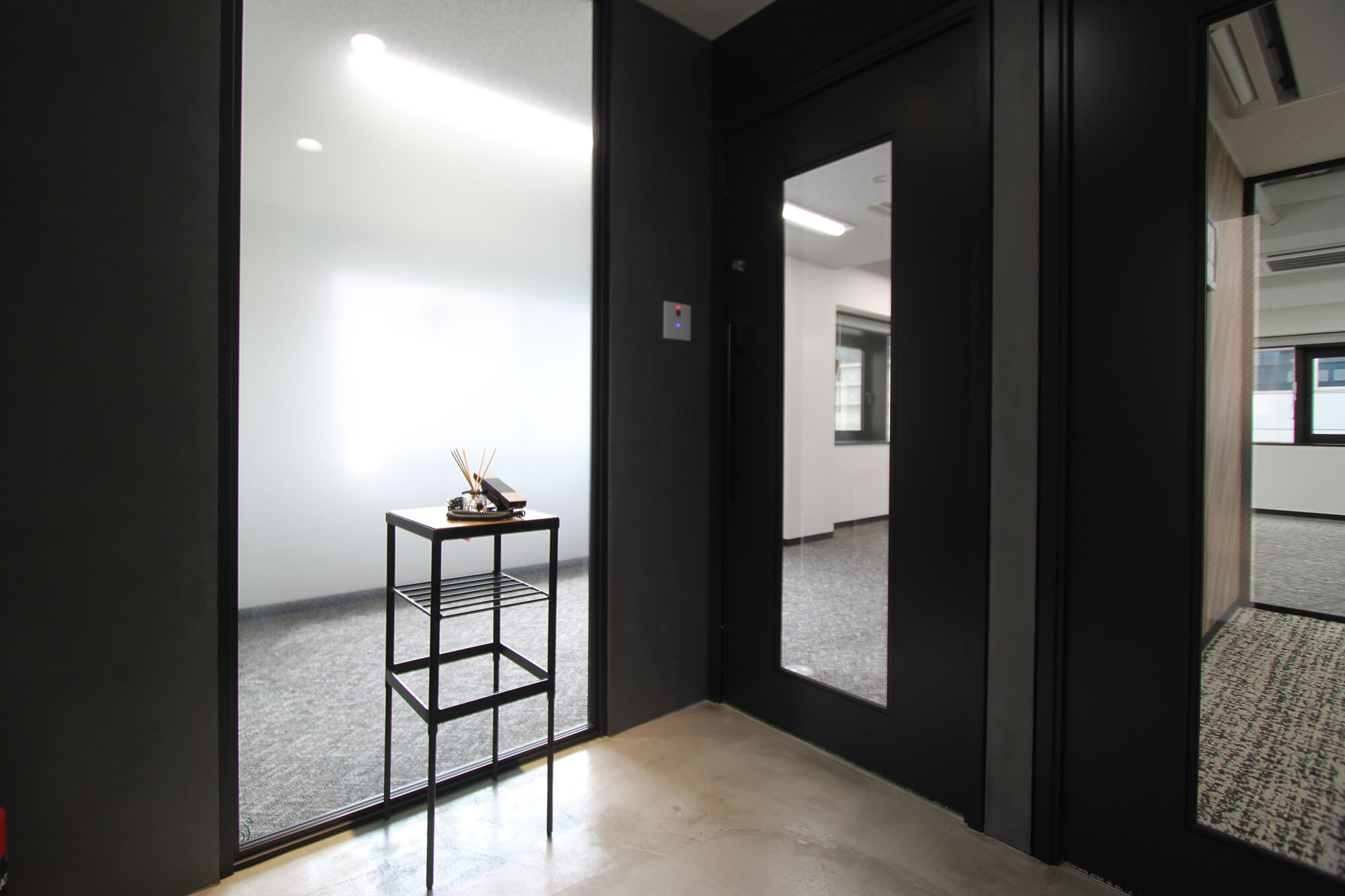 【居抜き】八丁堀、約20坪。<br>什器備品付きのデザイナーズオフィス。
