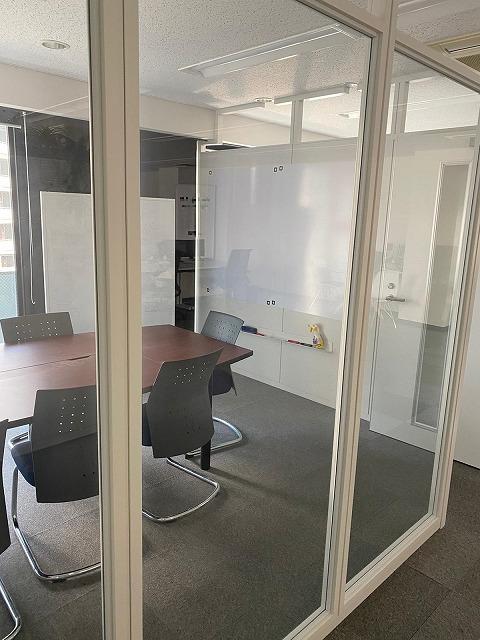 【居抜き】渋谷~恵比寿、30~60坪。<br>会議室付きオフィス