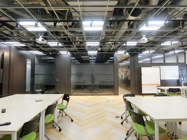 【居抜き】港区、150~200坪。 開放感満載!!天井スケルトンオフィス。