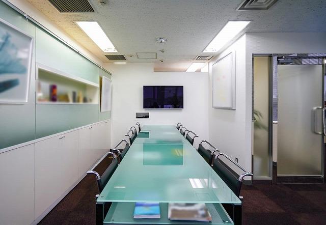【居抜き】渋谷駅、約30坪 ベンチャー企業の集積地、会議室付きの居抜きオフィス