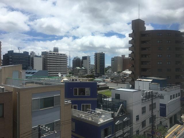 【居抜き】文京区 築浅、23坪<br>会議室1つ付き、天井スケルトン物件!