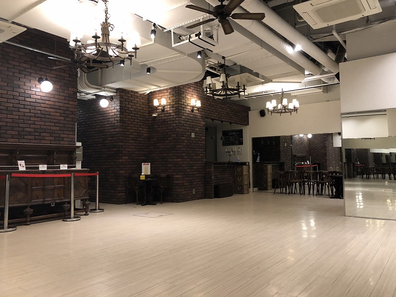 【居抜き】本町駅、約40坪。 地下ダンス教室の居抜き物件!