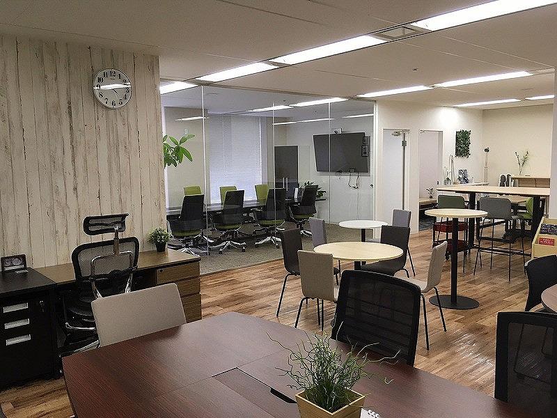 【居抜き】本町駅、約50坪。 ガラスパーテーション付、デザインオフィス
