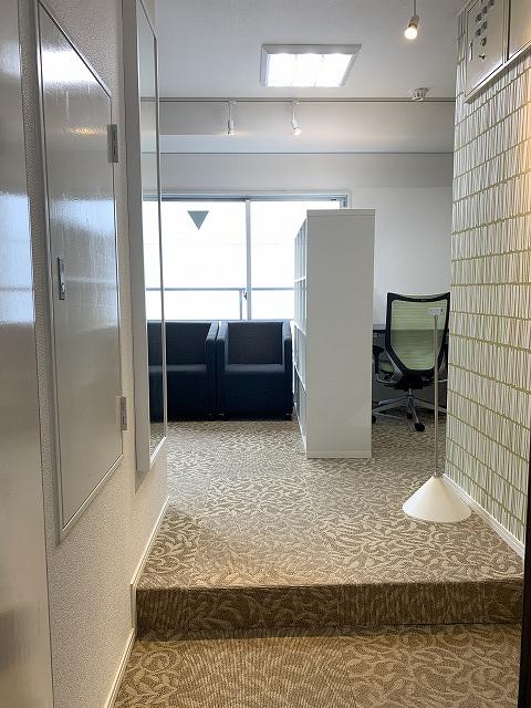 【居抜き】渋谷駅近 10坪<br>重厚感のある居抜きオフィス