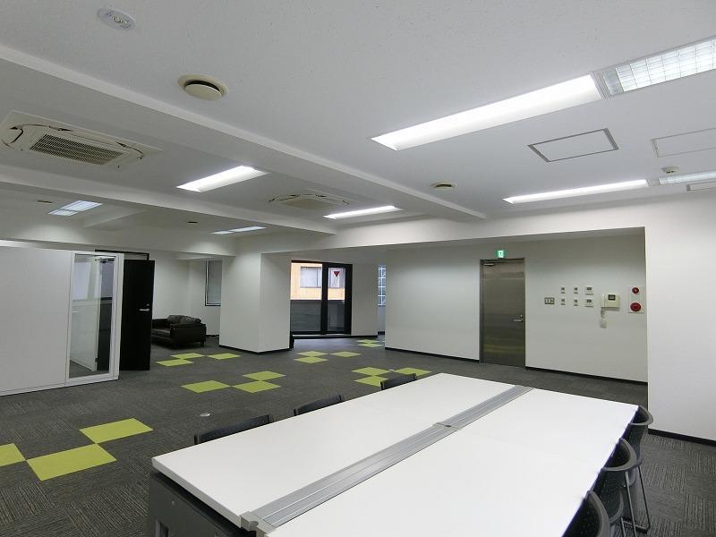 【居抜き】市ヶ谷・九段下エリア  約60坪<br>什器付きシンプルな居抜きオフィス