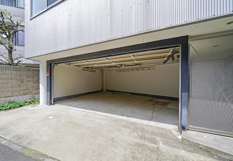 【デザイナーズ】千駄ヶ谷、約80坪。<br>自由度の高い一棟ビル。駐車場付き。