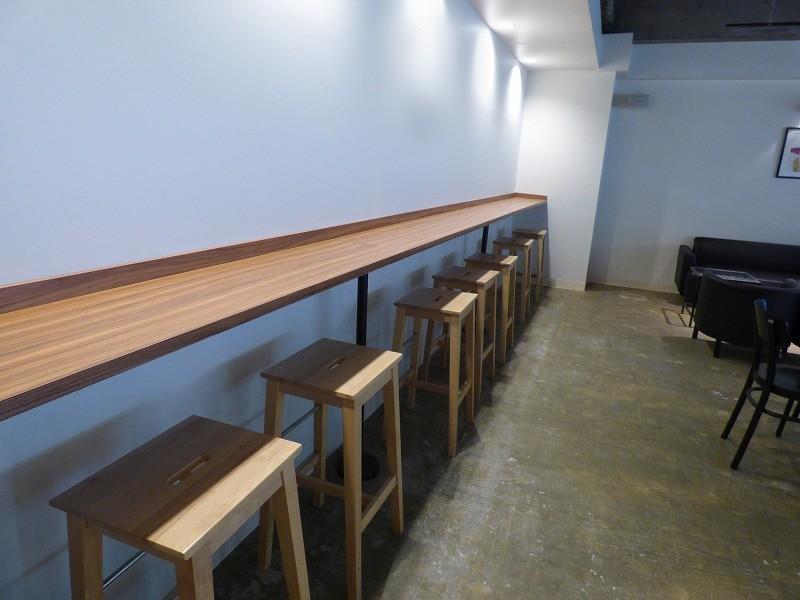 【居抜き】四ツ橋、約20坪。<br>お洒落なカフェ風。デザインオフィス。